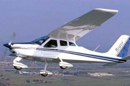 Learn to Fly Introductory Flight – 20 Minutes, Barrie, Ontario, Breakaway Experiences