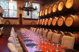 Sightseeing and winetasting tour of Annapolis Valley from Halifax