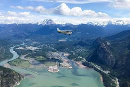 Experience a Sea to Sky Scenic Flight from Squamish BC over BC backcountry.