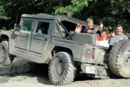 Collingwood – Blue Mountain Off-road Hummer Private Tour