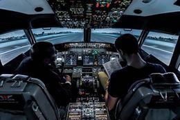 Picture of Boeing 737 Flight Simulator - Calgary - 60 minutes