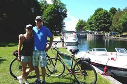 Give an experience gift for Christmas a self-guided cycling tour of the Cataraqui Trail by the Rideau Canal