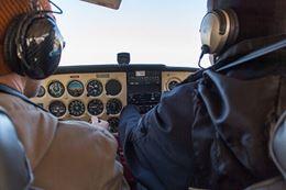 flying lesson discovery flight Brandon Manitoba