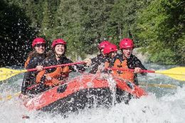 Whitewater rafting experience Whistler BC Green River