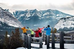 things to do in Banff  in winter sightseeing tour wildlife