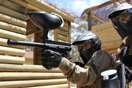 Are you ready for an exciting adventure in Barrie, north of Toronto with a Paintball Adventure?