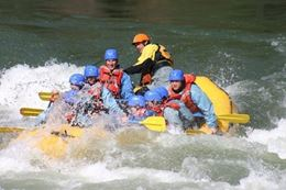White water rafting Banff Bow River and Horseshoe Canyon
