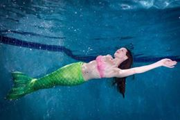 Montreal swim like a mermaid