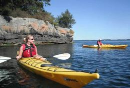 1000 Islands Kayaking Guided Tour, Gananoque ON half day and full day tours.